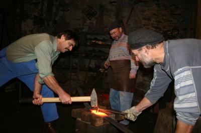Im alten Frohnauer Hammer brannten für zwei Tage die Schmiedefeuer und die Hämmer dröhnten.