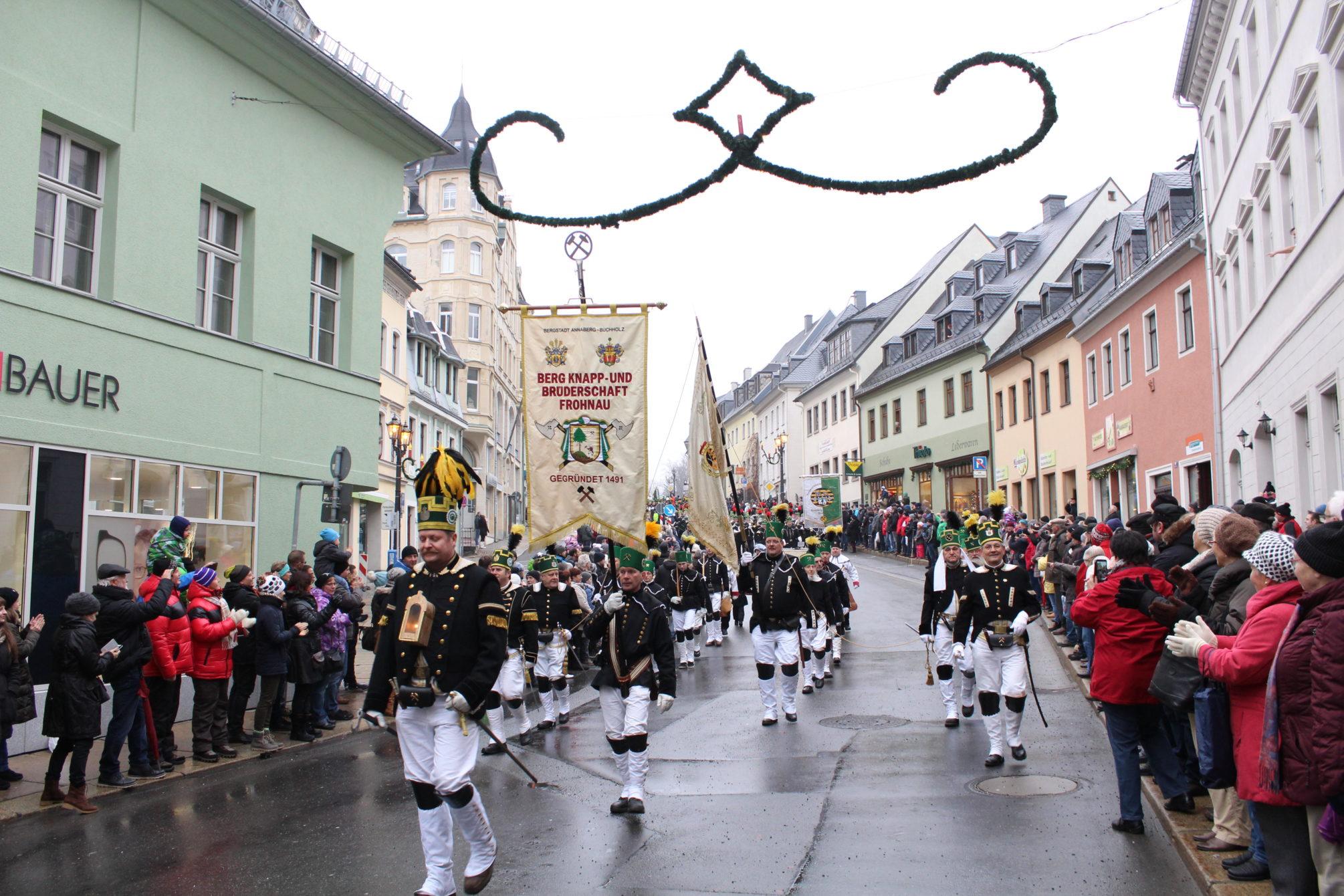 Abschlussbergparade im Advent am 23. Dezember 2017